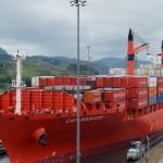 Barco canal de Panamá